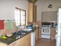 Kitchen - 17 square meters of property in Sundowner