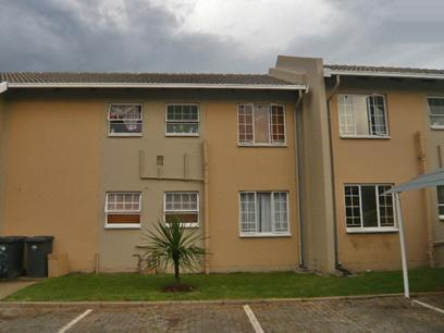 2 Bedroom Apartment For Sale in Boksburg - Private Sale - MR40324