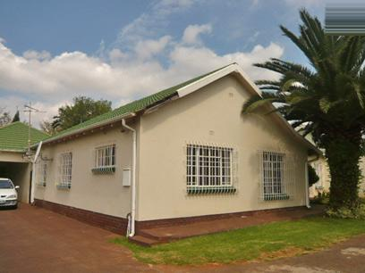 3 Bedroom House For Sale in Edenvale - Home Sell - MR40338