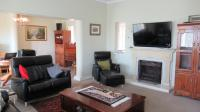 Lounges - 32 square meters of property in Northcliff