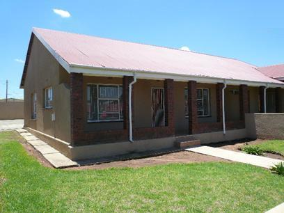 2 Bedroom Simplex For Sale in Germiston - Home Sell - MR40426