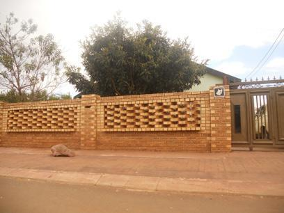 Standard Bank Repossessed 2 Bedroom House For Sale in Thokoza - MR40456