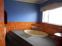 Bathroom 2 of property in Germiston