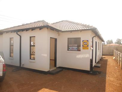 Standard Bank Repossessed 3 Bedroom House For Sale in Goudrand - MR40483