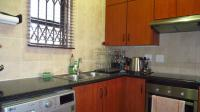 Kitchen - 7 square meters of property in Fourways