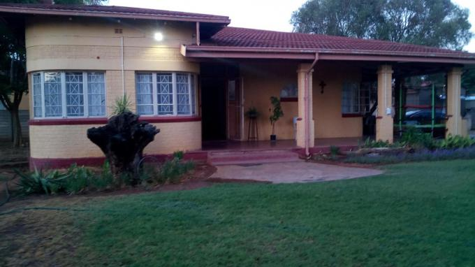 3 Bedroom House for Sale For Sale in Vryburg - Home Sell - MR405767