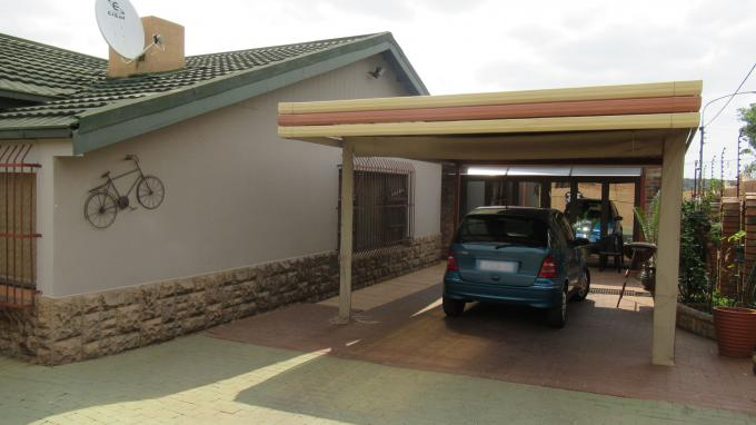 3 Bedroom House for Sale For Sale in Kloofsig - Home Sell - MR405878