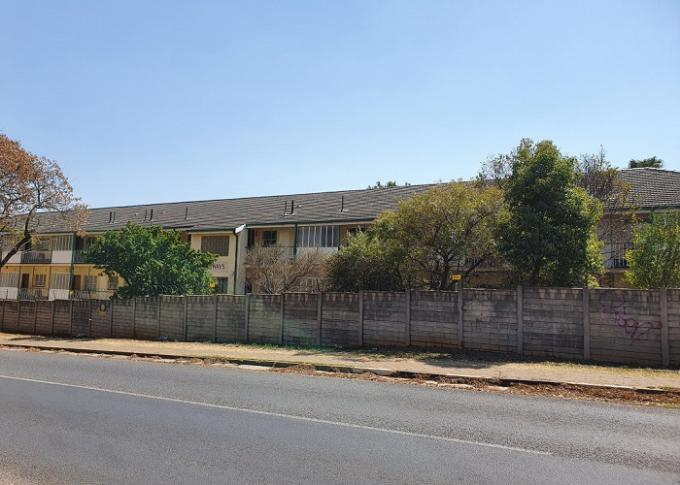 FNB SIE Sale In Execution 1 Bedroom Sectional Title for Sale in Windsor - MR410891