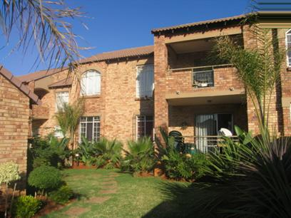 2 Bedroom Simplex for Sale For Sale in Mooikloof Ridge - Home Sell - MR41107