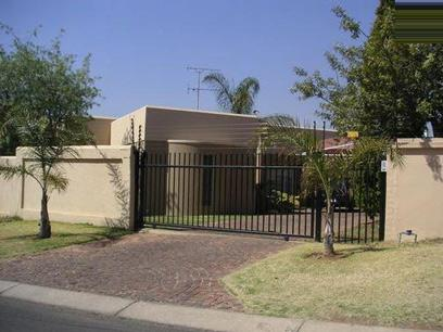 3 Bedroom House To Rent in Moreletapark - Private Rental - MR41166