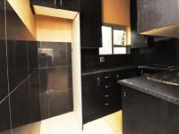 Kitchen - 31 square meters of property in Dainfern