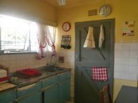 Kitchen - 12 square meters of property in Brakpan