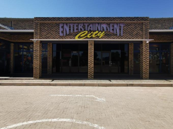 Commercial to Rent in Rustenburg - Property to rent - MR414104