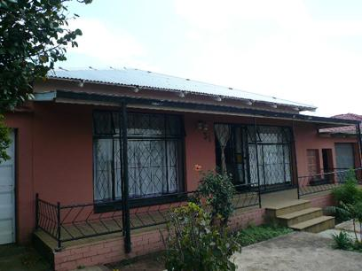 Standard Bank Repossessed 4 Bedroom House for Sale For Sale in South Hills - MR41456