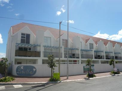 2 Bedroom Apartment For Sale in Gordons Bay - Private Sale - MR41464