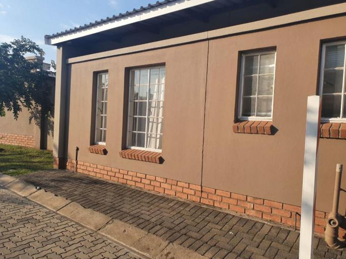 3 Bedroom House for Sale For Sale in Waterkloof (Rustenburg) - MR415962
