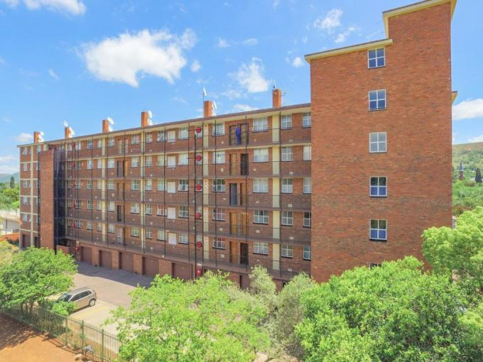 2 Bedroom Apartment for Sale For Sale in Rietfontein - MR416641