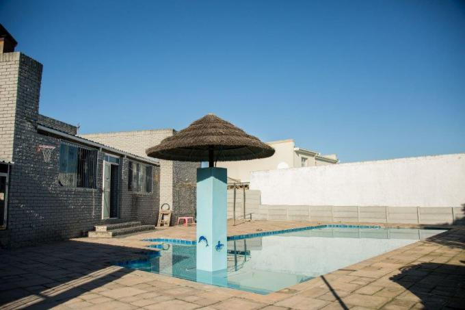 5 Bedroom House for Sale For Sale in Rouxville - CPT - MR418480