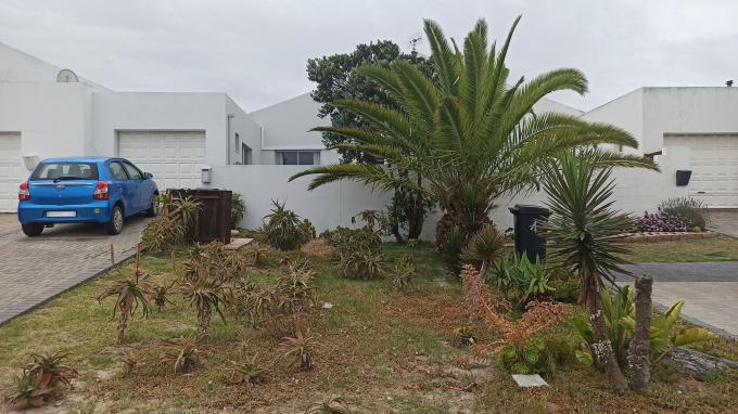 2 Bedroom House for Sale For Sale in Melkbosstrand - Private Sale - MR421460