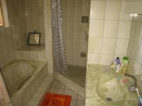 Main Bathroom - 9 square meters of property in Rietfontein