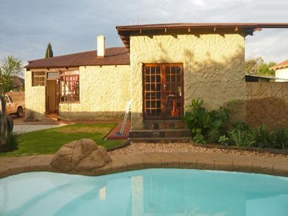 3 Bedroom House for Sale For Sale in Randfontein - Private Sale - MR42282