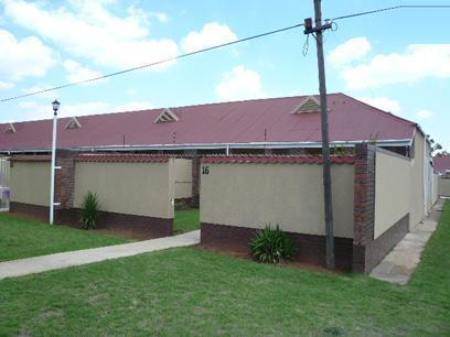2 Bedroom Simplex for Sale For Sale in Germiston - Private Sale - MR42421