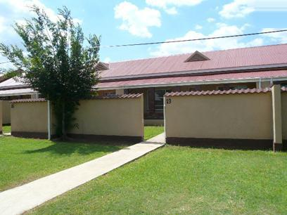 2 Bedroom Simplex for Sale For Sale in Germiston - Private Sale - MR42424