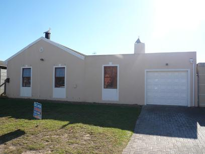 3 Bedroom House for Sale For Sale in Windsor Park - CPT - Private Sale - MR42474