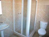 Bathroom 1 - 5 square meters