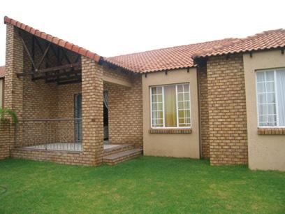 3 Bedroom Simplex for Sale For Sale in Moreletapark - Home Sell - MR43167