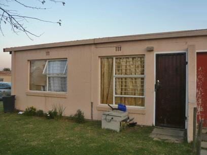 1 Bedroom House for Sale For Sale in Bloubosrand - Private Sale - MR43330