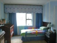 Bed Room 1 - 9 square meters of property in Sydenham - JHB