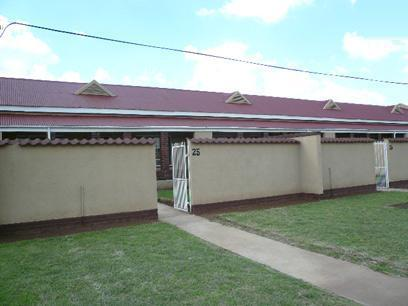 2 Bedroom Simplex For Sale in Germiston - Private Sale - MR43420