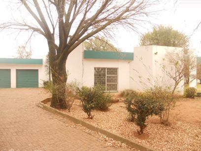 Standard Bank Repossessed 3 Bedroom House for Sale on online auction in Three Rivers - MR43457