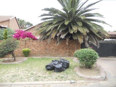 Standard Bank Repossessed 4 Bedroom House for Sale For Sale in Kempton Park - MR43458