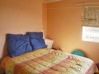 Main Bedroom - 13 square meters of property in Weltevreden Park