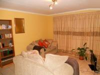 Lounges - 17 square meters of property in Radiokop