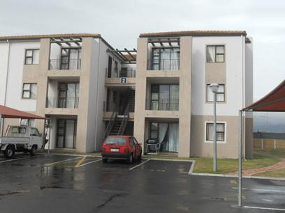 Standard Bank Repossessed 2 Bedroom Apartment for Sale on online auction in Strand - MR44511