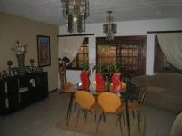 Dining Room - 25 square meters of property in Montana Park