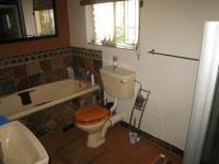 Main Bathroom - 3 square meters of property in The Reeds