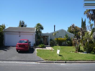 4 Bedroom House For Sale in Bellville - Private Sale - MR45270
