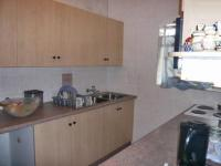 Kitchen - 8 square meters of property in Florida Lake