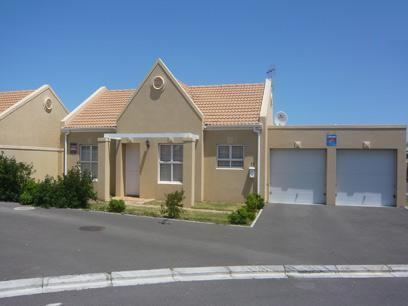 2 Bedroom House for Sale For Sale in Bloubergstrand - Home Sell - MR45288