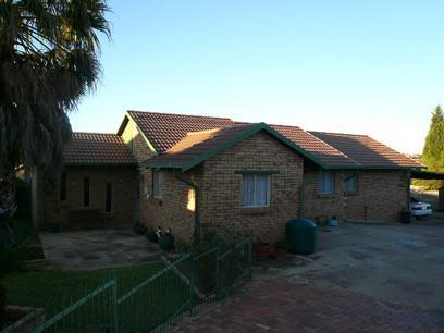 3 Bedroom House For Sale in Heuweloord - Private Sale - MR45361
