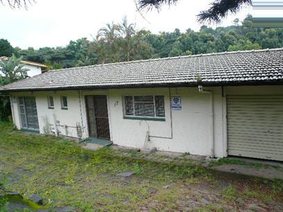 Standard Bank Repossessed 3 Bedroom House For Sale in Pinetown  - MR45446