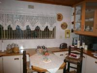 Kitchen - 20 square meters of property in Kraaifontein