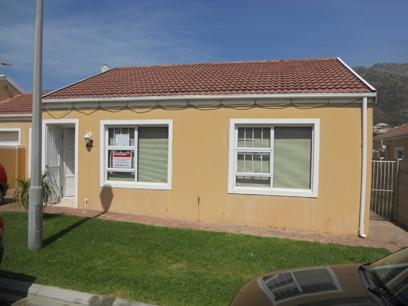 Standard Bank Repossessed 3 Bedroom House for Sale on online auction in Gordons Bay - MR45511