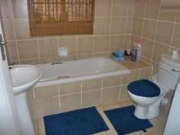 Bathroom 1 - 2 square meters of property in Midrand