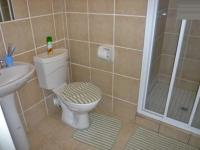 Bathroom 2 - 2 square meters of property in Midrand