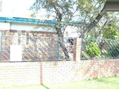 3 Bedroom House For Sale in Karenpark - Home Sell - MR46337
